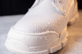 12 Best Shoe Protector Sprays For White Shoes
